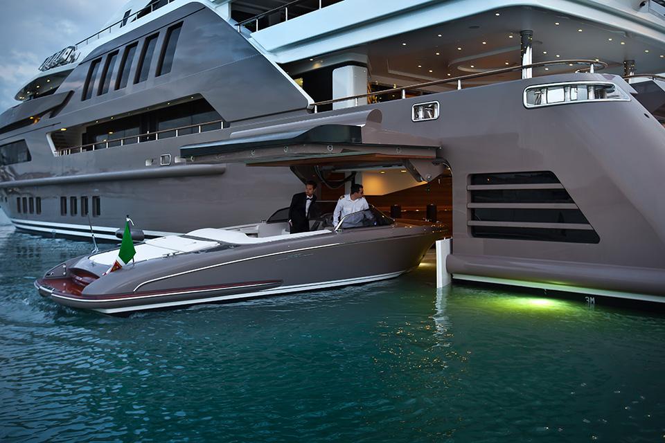Jade-Superyacht-CRN-1