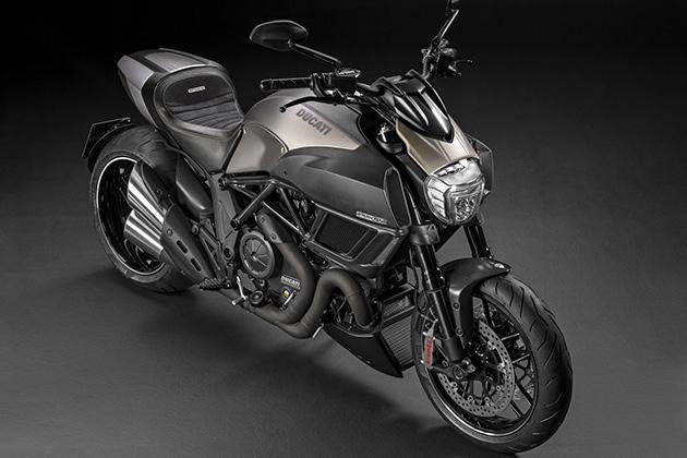 2015-Limited-Edition-Ducati-Diavel-Titanium-2