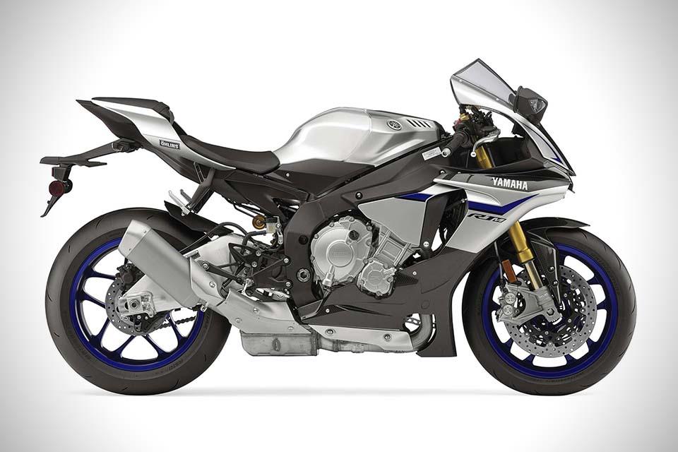 2015-Yamaha-YZF-R1M-0