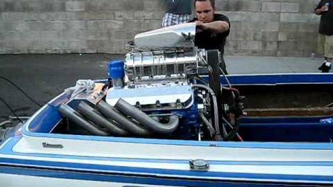 insane-blown-boat-engine-with-1-200-hp-sounds-astonishing
