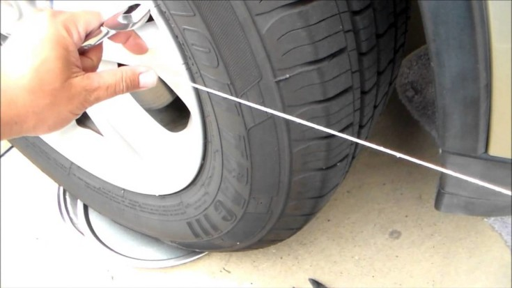 try-this-easy-do-it-yourself-tire-alignment-trick-735x413