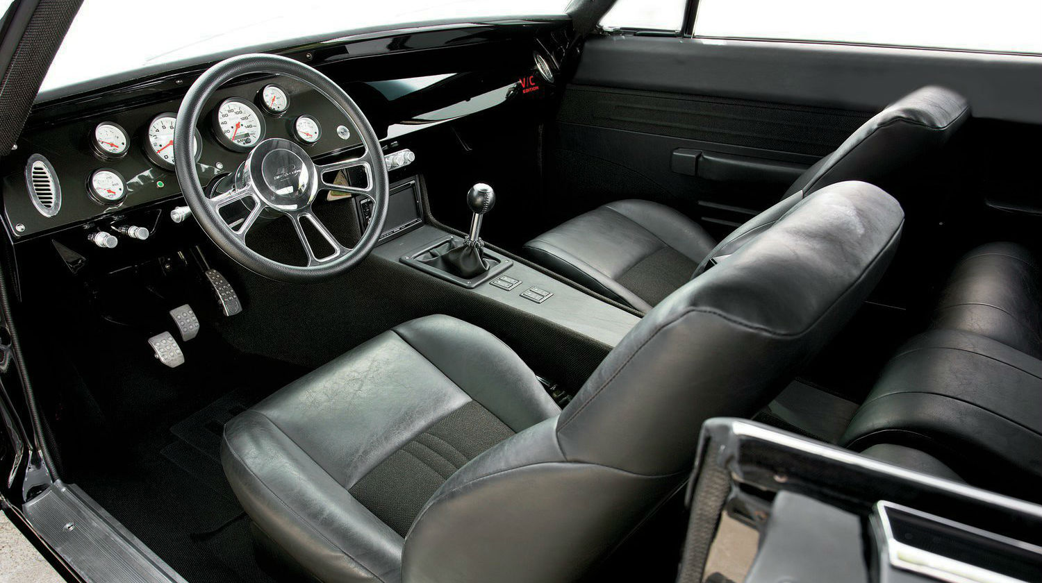 1969-dodge-charger-r-t-interior