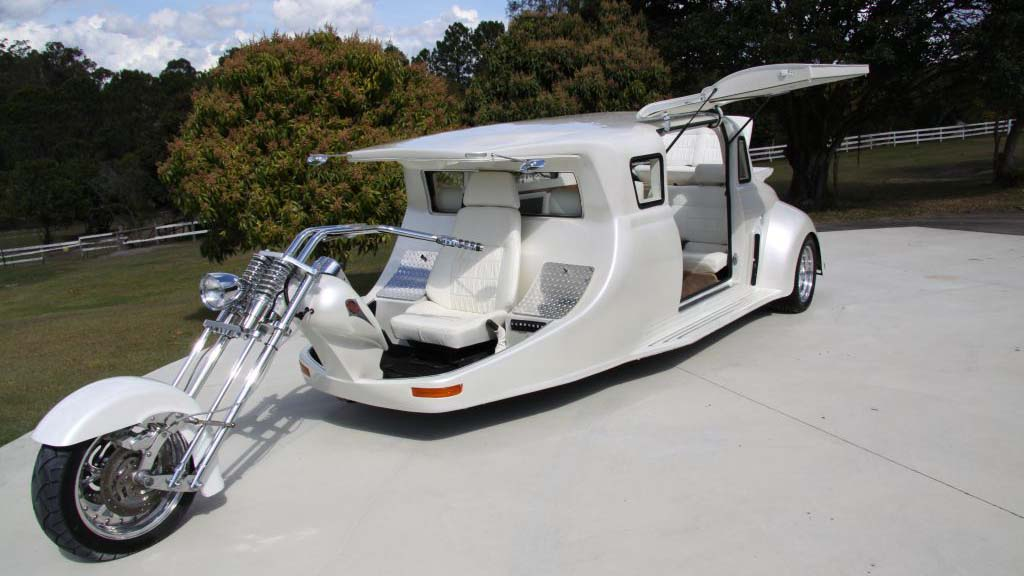 white-harley-limo-1