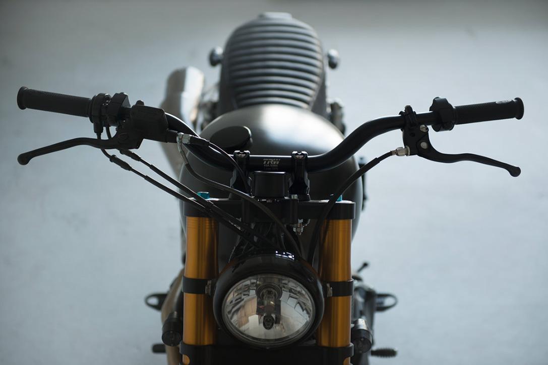 Triumph-Bonneville-Scrambler-by-6-5-4-Motors-4