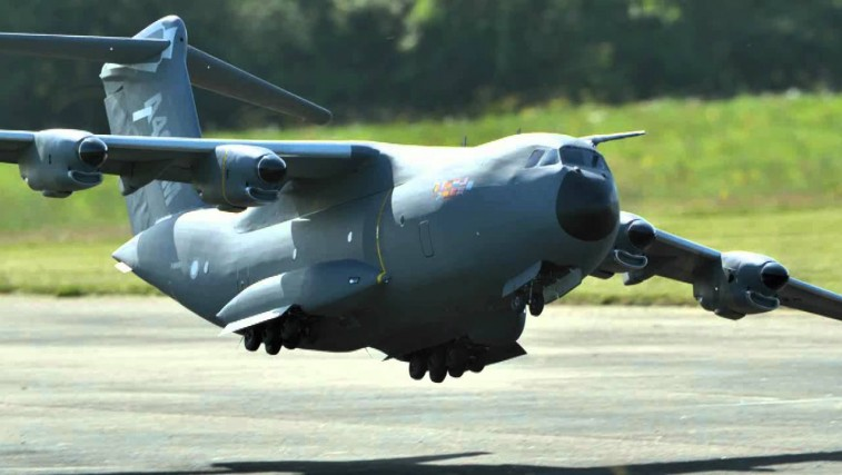 Airbus A 400M – One of The Biggest RC Airplanes In Existence!