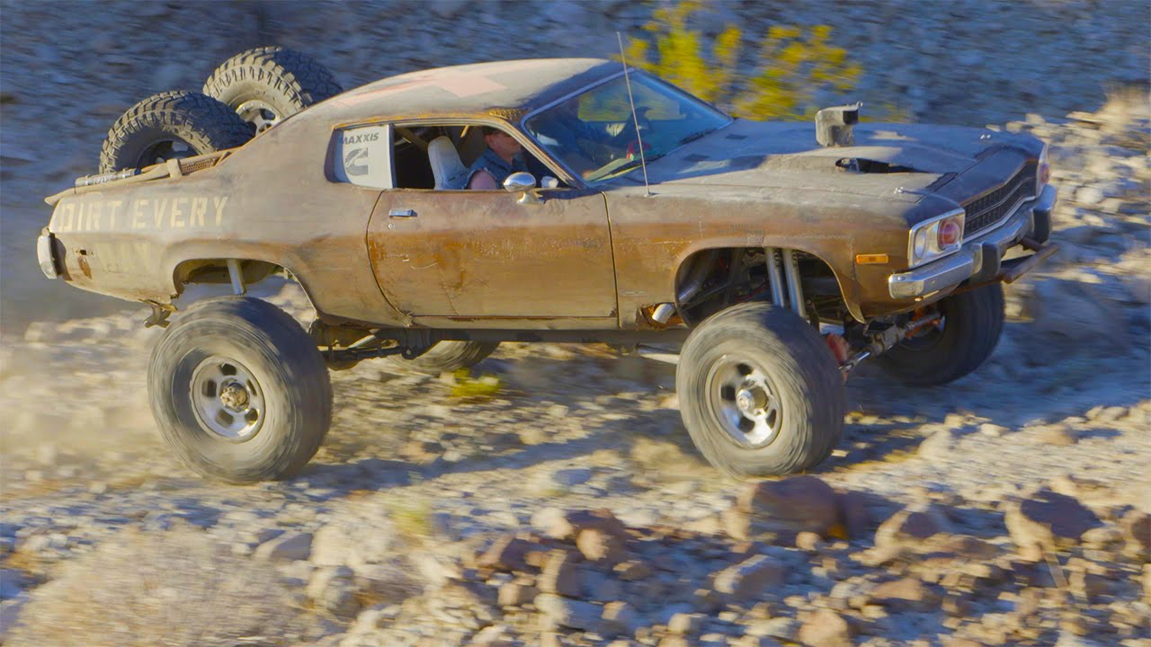 Mad Maxxis Off-Road Runner 4x4 Muscle Car Desert Chase
