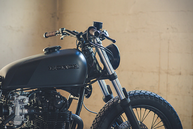 Honda-CB550-Fade-to-Black-by-Federal-Moto-3