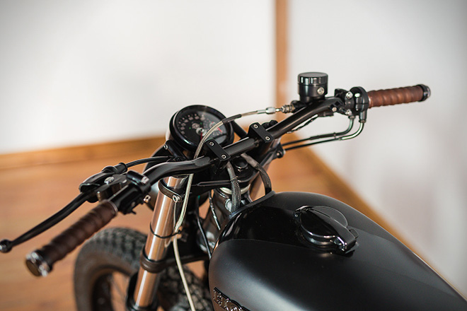 Honda-CB550-Fade-to-Black-by-Federal-Moto-5