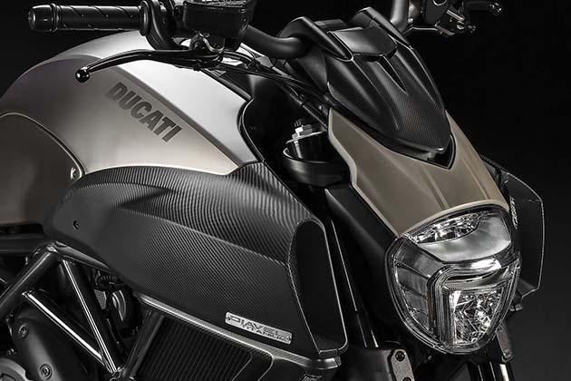 2015-Limited-Edition-Ducati-Diavel-Titanium-4