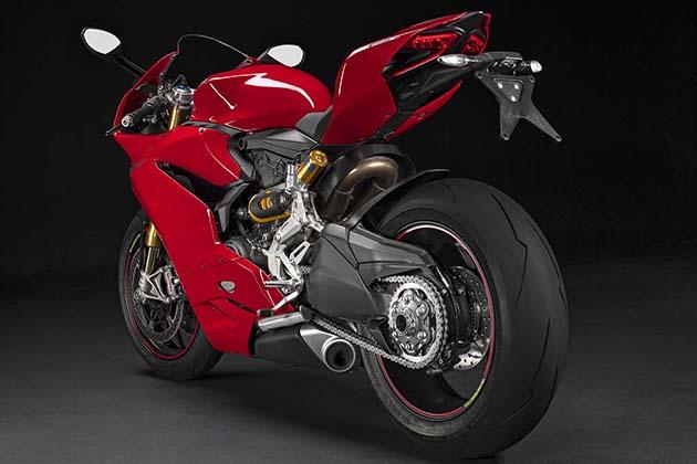 2015-Ducati-1299-Panigale-Superbike-4