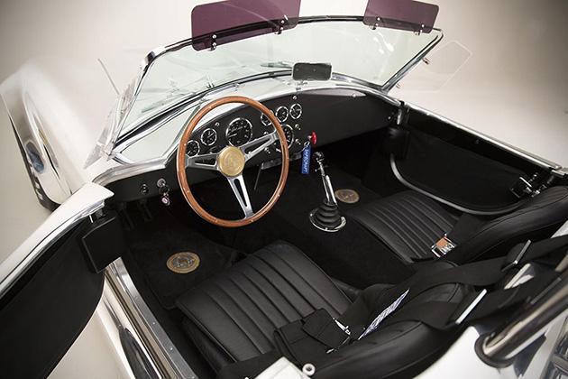 50th-Anniversary-Shelby-Cobra-427-4