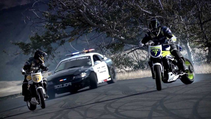 police-chasing-riders-had-never-been-this-awesome