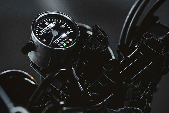 Yamaha-Two-Up-by-Deus-Ex-Machina-3