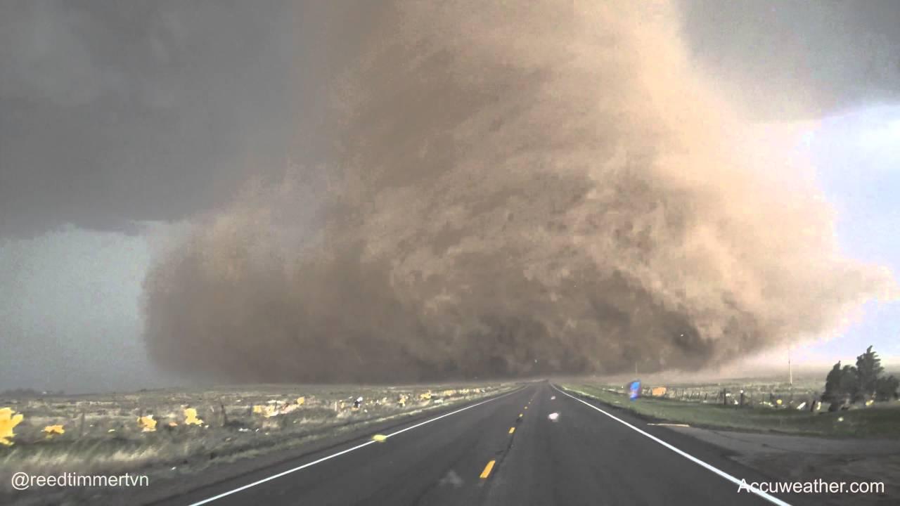 reed-timmer-maria-tornado