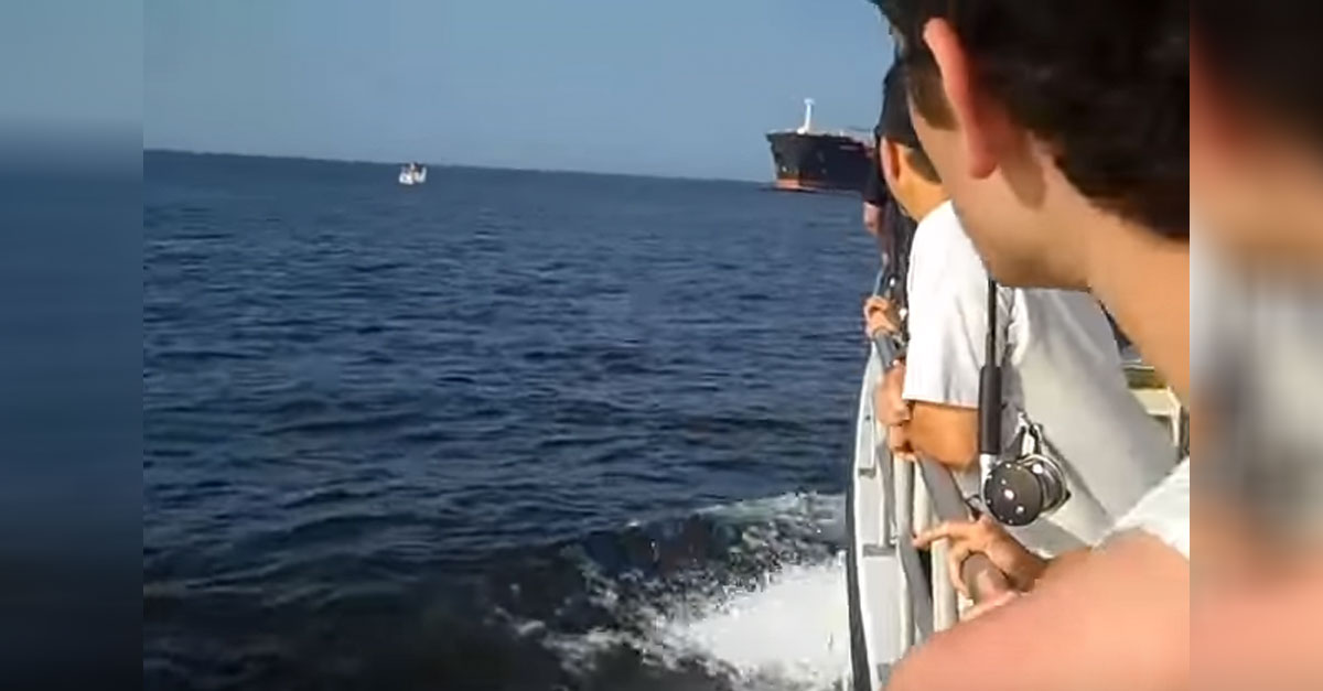 small-boat-tanker